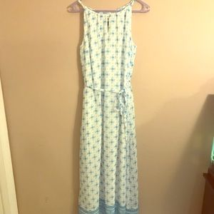 White and blue maxi